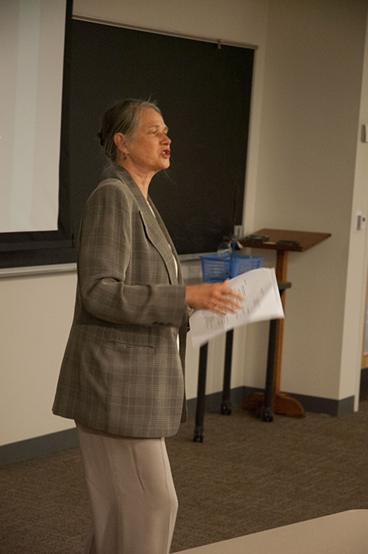 Dr. Lala Zuo is introduced to the students and faculty attending her lecture at Lehigh University